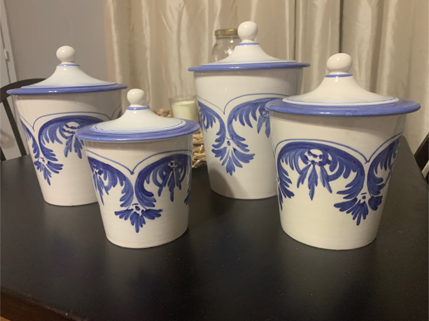 Photo **Made in Italy. J.W. CO.: 4 piece canister set