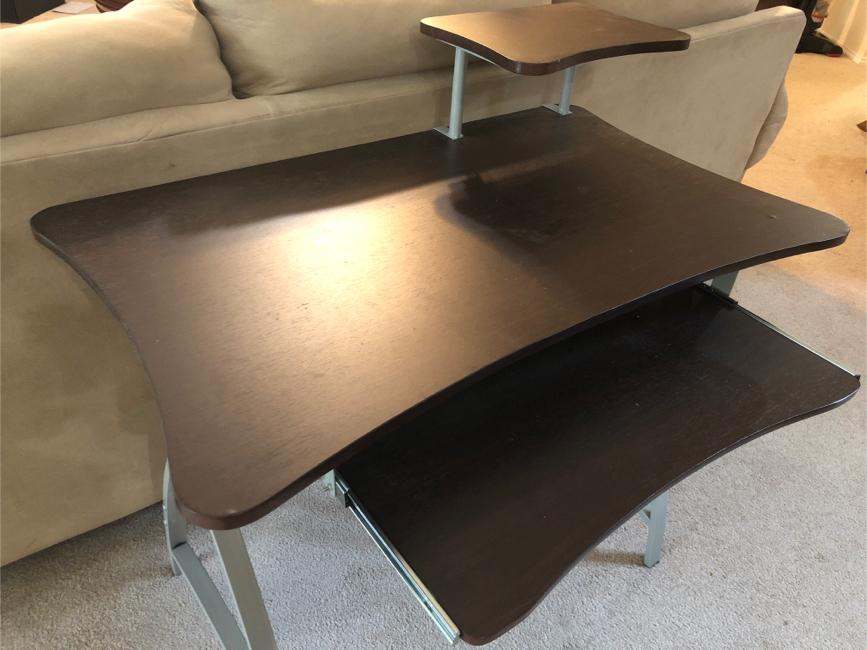Photo Small computer desk
