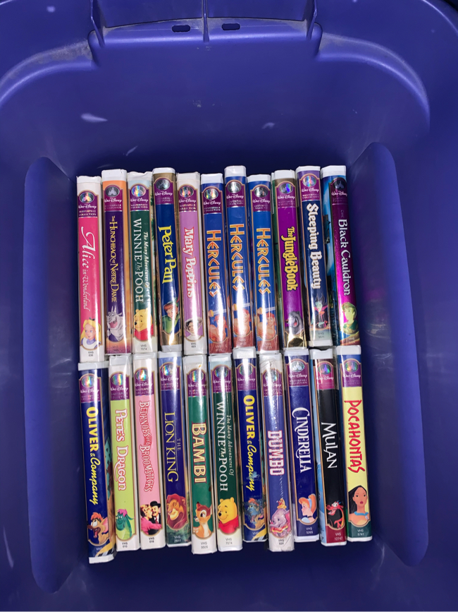 Photo Disney Masterpiece collection VHS lot
