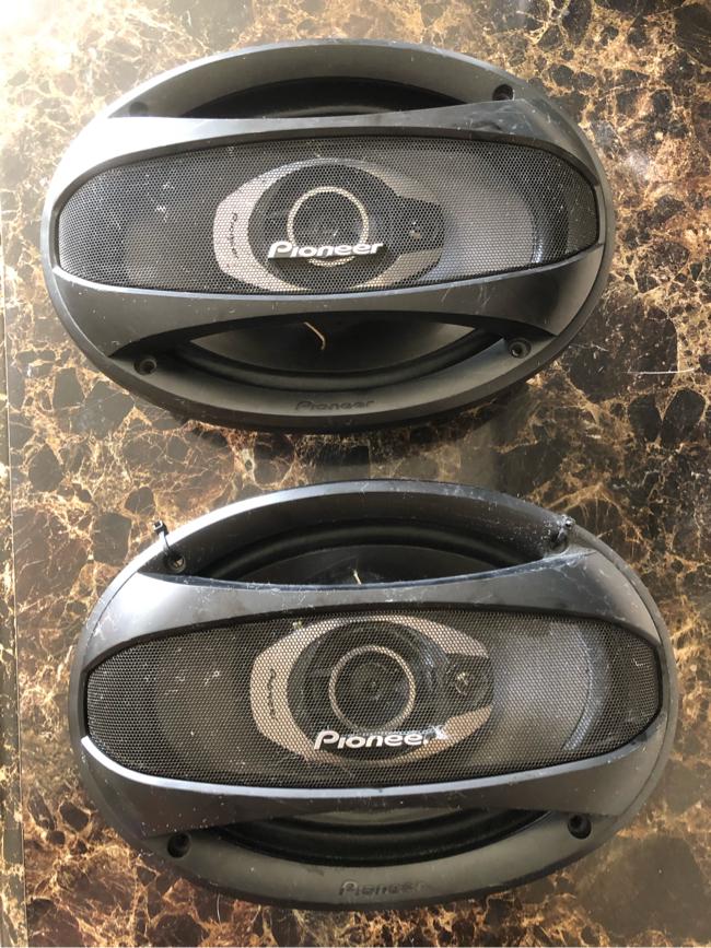 "Photo Pioneer TS-A6963E 3-Way 300 Watt 6x9"" Speakers"