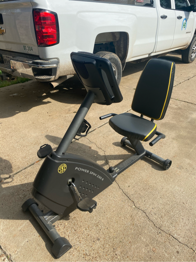 Photo Golds Gym Power Spin Bike