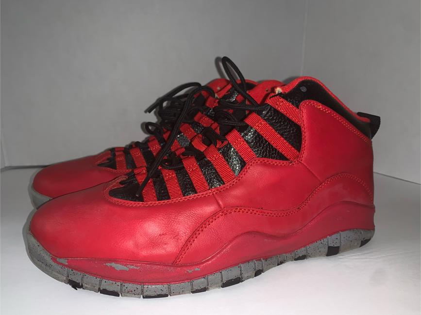 Photo Nike Air JORDAN 10 X RETRO 30TH BULLS OVER BROADWAY MensSIZE 13 Red & Black