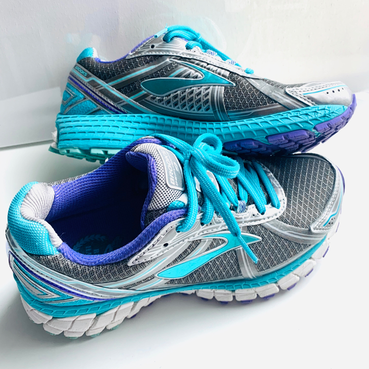 Photo BROOKS Defyance 9 Teal Running Shoes Sneakers