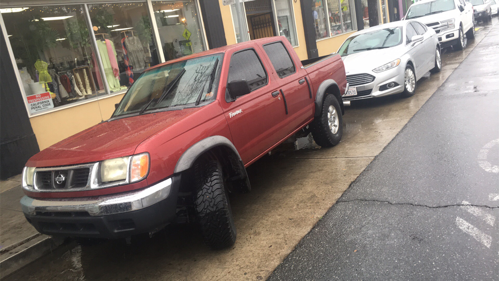 Photo 2000 Nissan Frontier 4dr XE Crew Cab SB