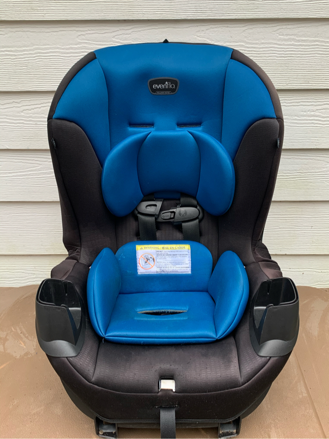 Photo Evenflo Booster Car Seat