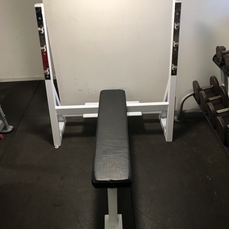 Photo Muscle Dynamics Maxicam Flat Olympic Bench Press