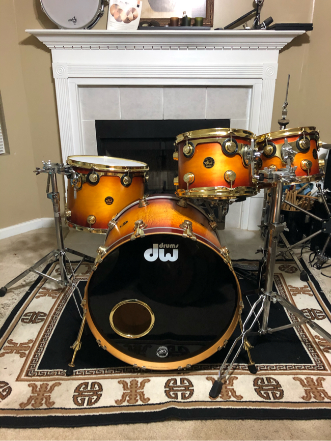 Photo Dw collectors series drum set