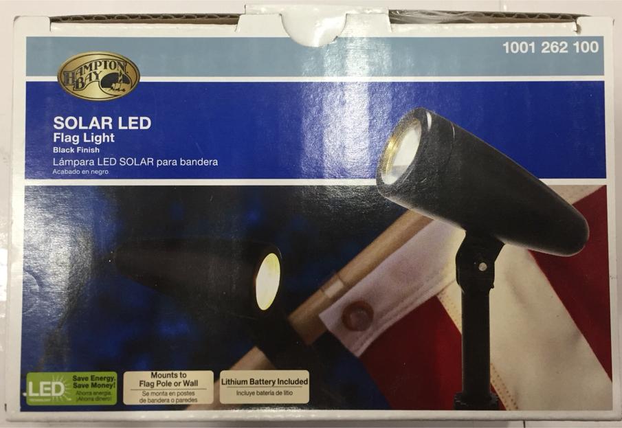 Photo Hampton Bay Solar LED Flag Light, Model #99940
