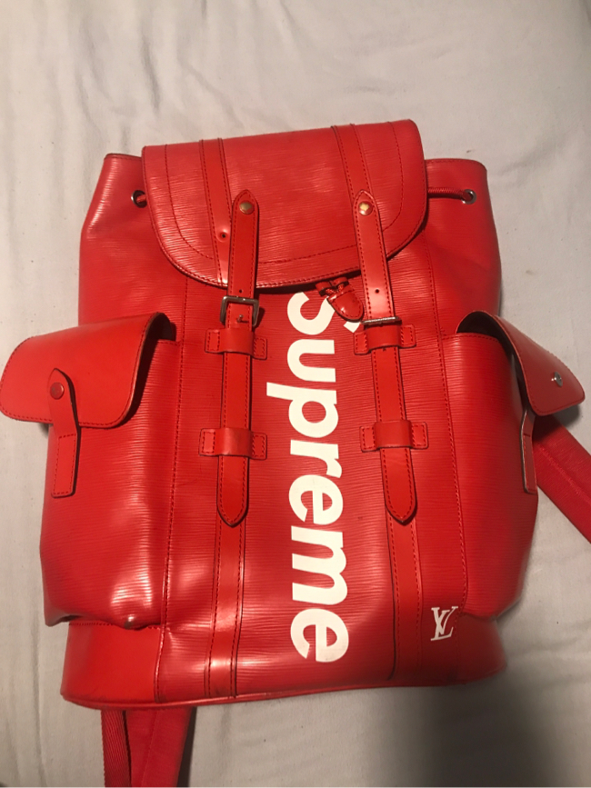 Photo Louis Vuitton x Supreme Christopher Backpack Epi PM Red
