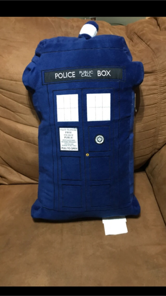 Photo New Doctor Who pillow