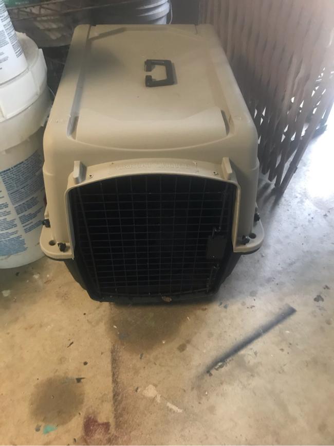 Photo Medium dog crate 26 x 21 x 20