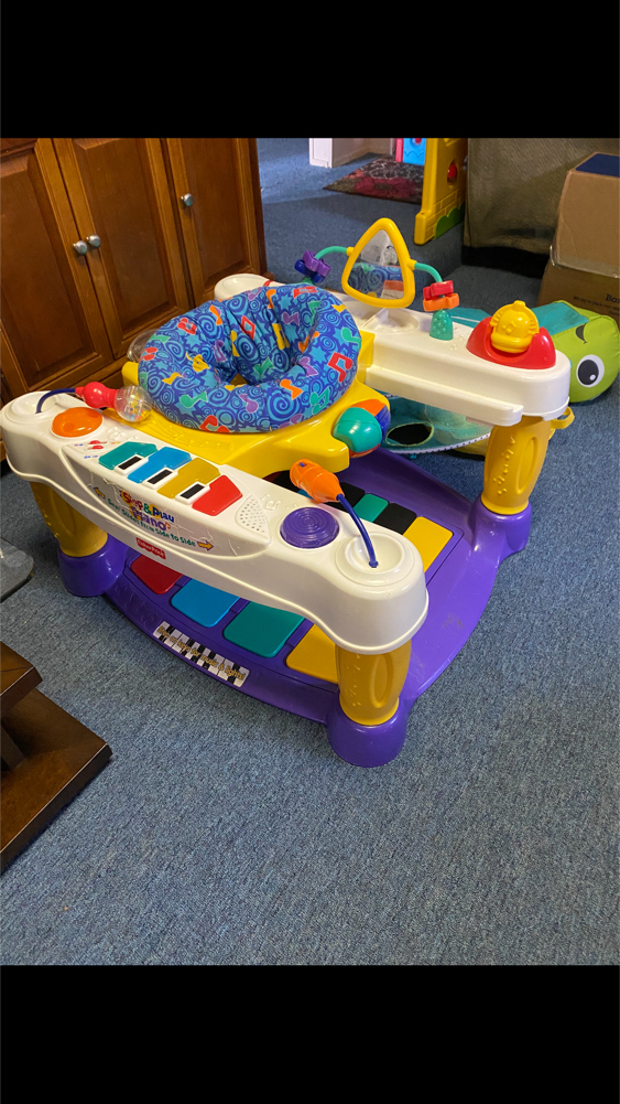Photo Fisher Price 4 in 1 Working Piano