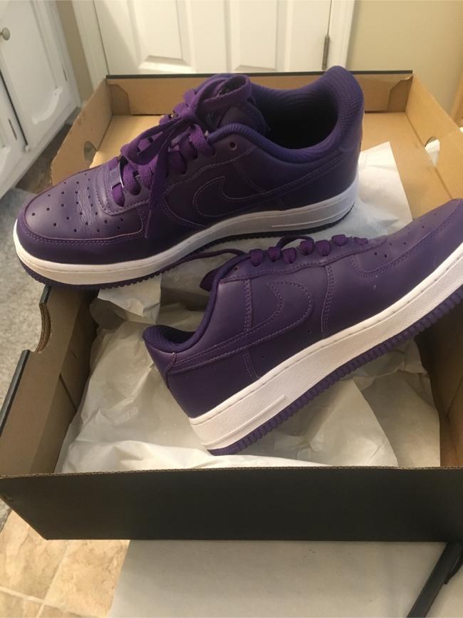 Photo Women Nike Shoe