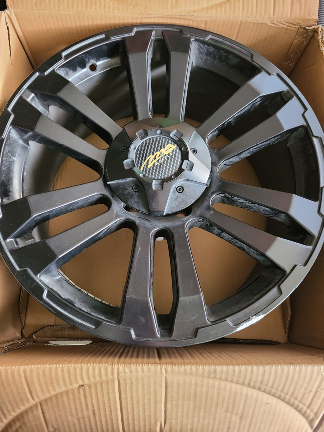 Photo MB wheels from discount tire (4)