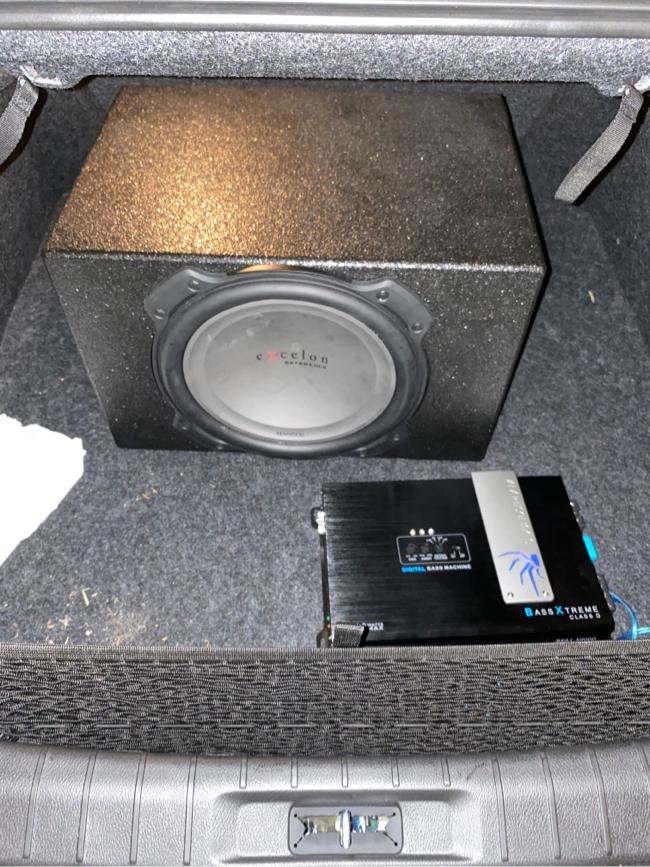 Photo Single 12 pro box 5000 watt amp