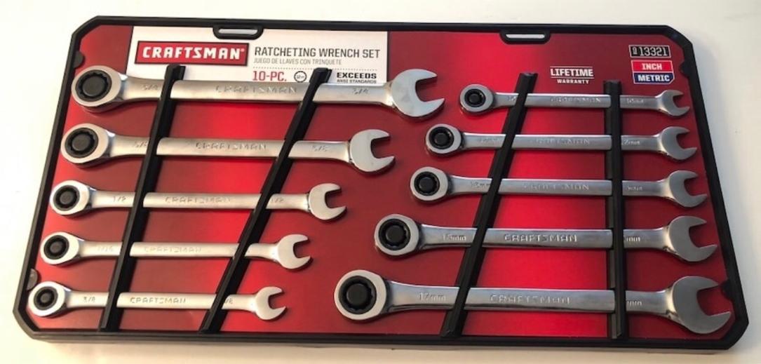 Photo Craftsman 10 piece ratcheting wrench set(new)