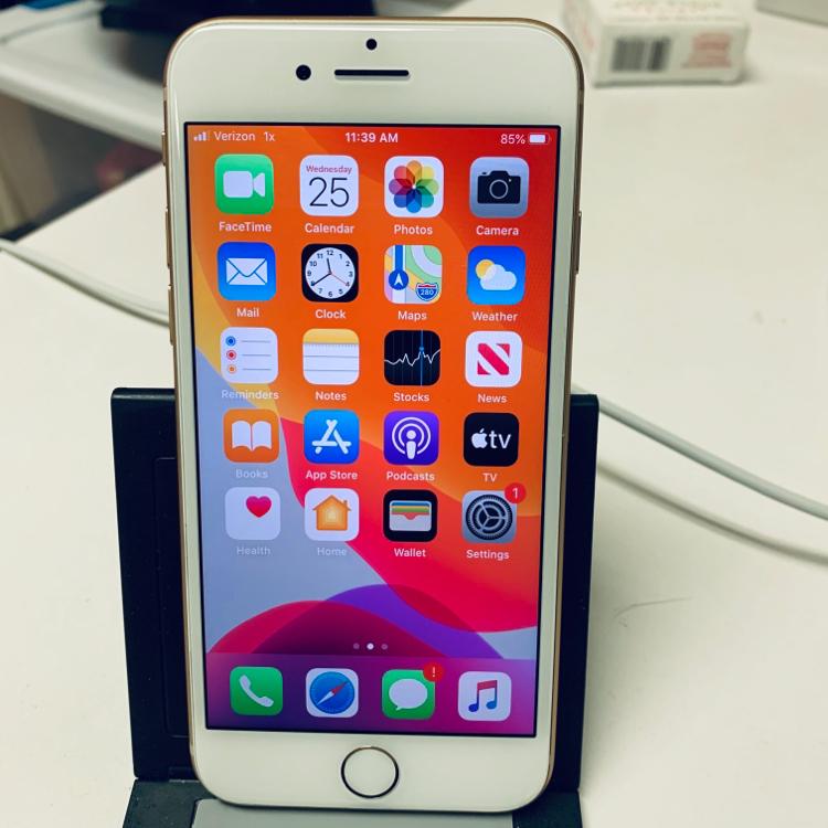 Photo ◉ Apple iPhone 8 - 128GB (Verizon only)