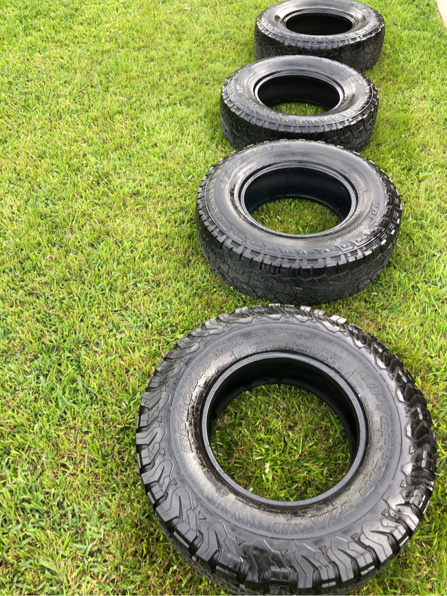 Photo Hankook 265/75/16 Tires