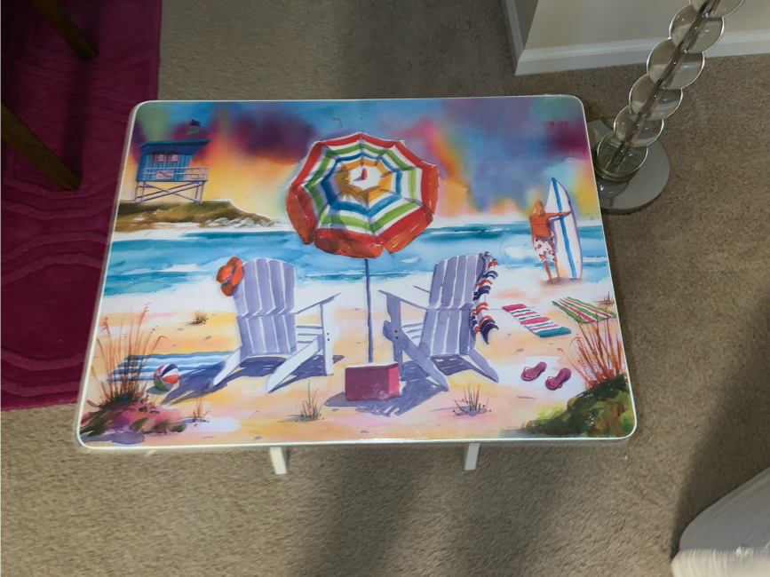 Photo Wooden beach themed end table