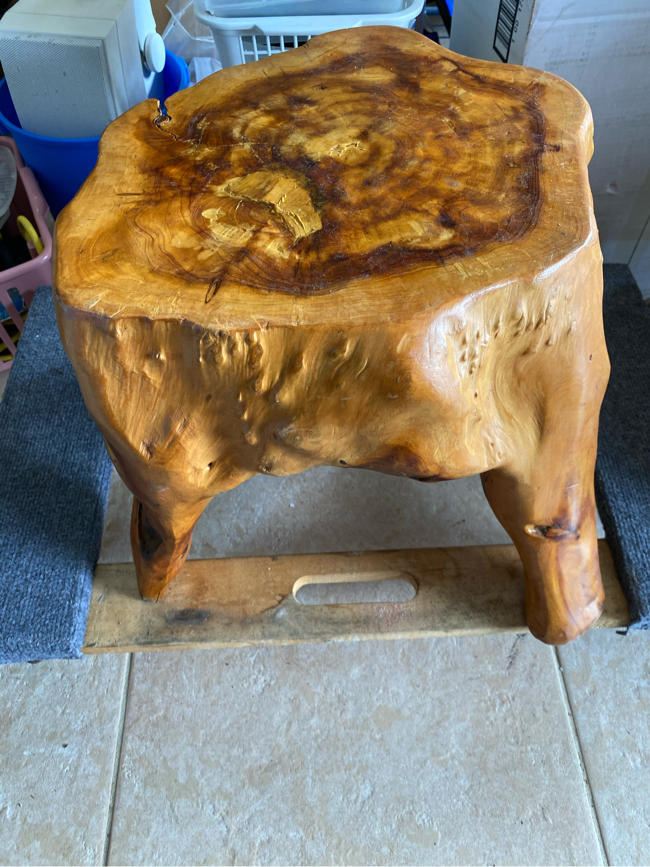 Photo NEW Indoor Or Outdoor Wood Table