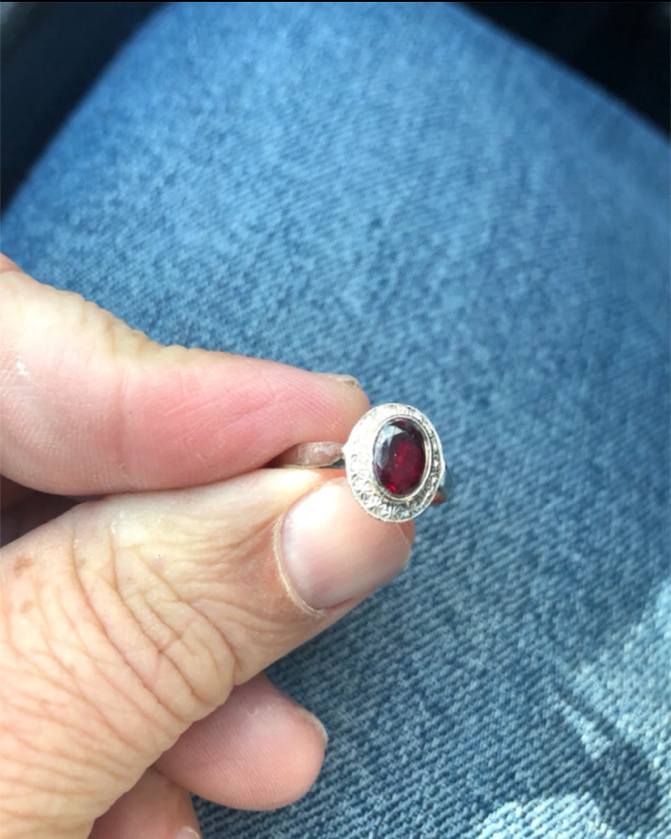 Photo New. 14k white gold women's white gold and dark red garnet ring. Beautiful and elegant. Great for everyday or even as a promise ring or alternative wedding band or engagement. Great gift for the woman in your life for a birthday, anniversary gift.