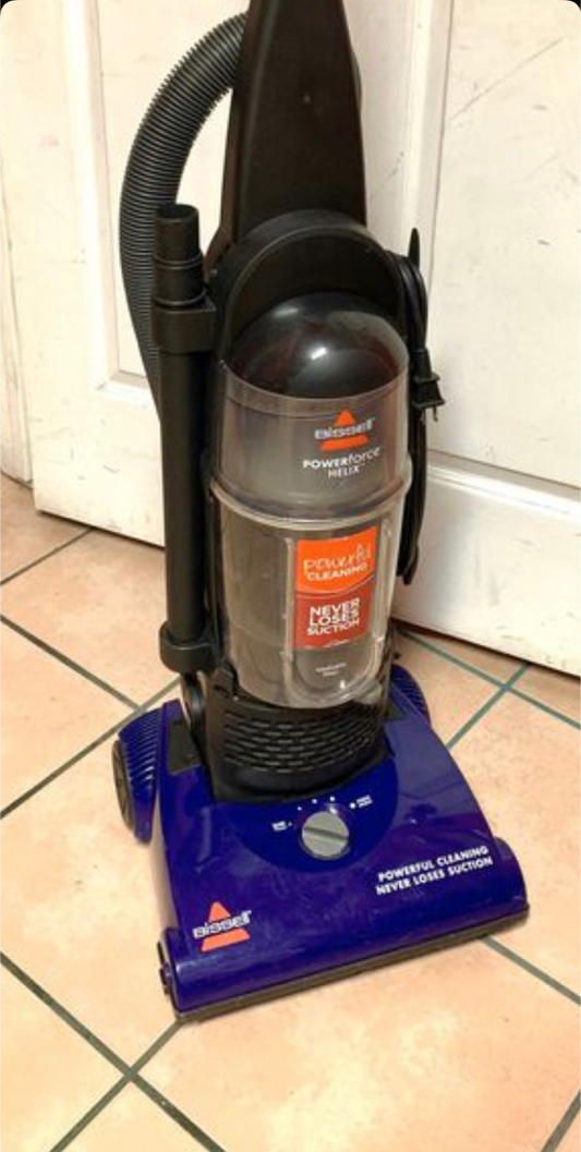 Photo Bissell Powerforce vacuum