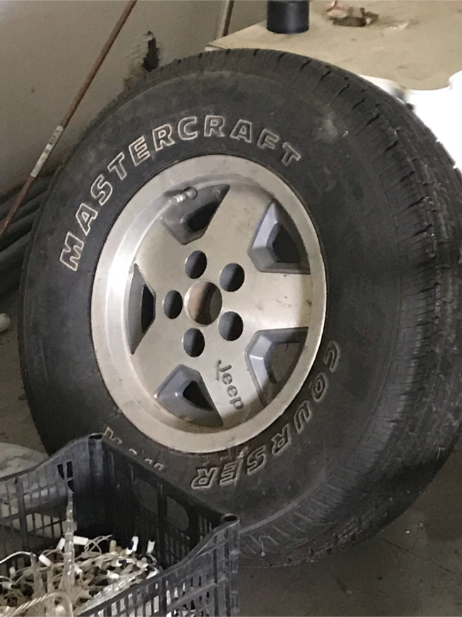 Photo Goodyear with rim$50 and Mastercraft tire with Jeep rim$60