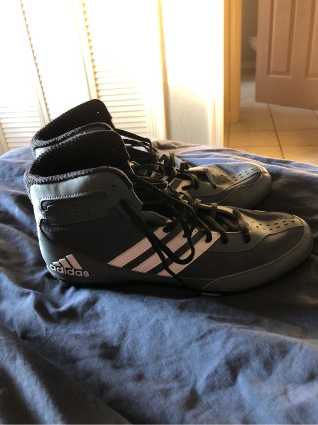 Photo Adidas Mat Wizard David Taylor Wrestling shoes