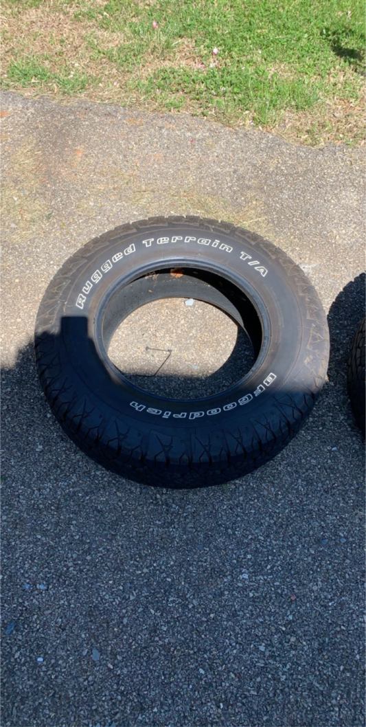 Photo 2 17 inch tires (came off Ford Explorer)