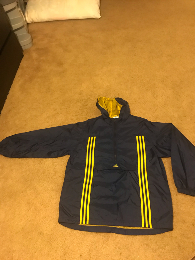 Photo Vintage adidas jacket small