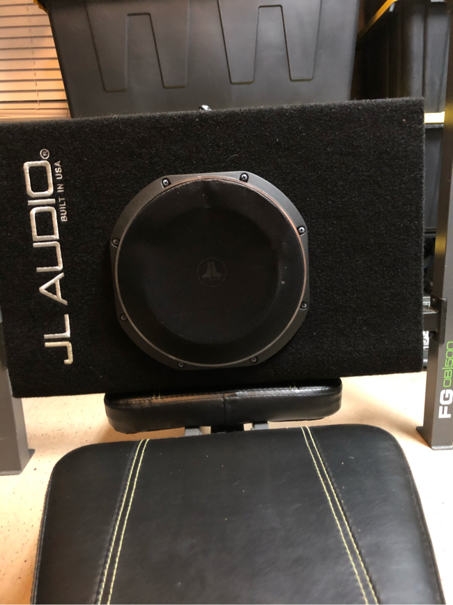 Photo JL Audio ACP110LG-TW1 10 inch Powered Subwoofer - Ported