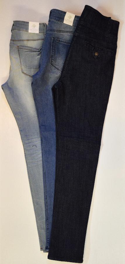 Photo Size 9 - Nine Planet Jeans Bundle