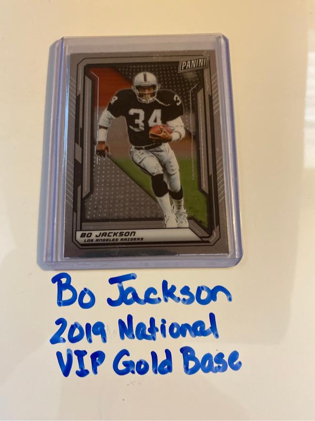 Photo Bo Jackson Oakland Raiders RB 2019 Panini National VIP Gold Pack Base Card.
