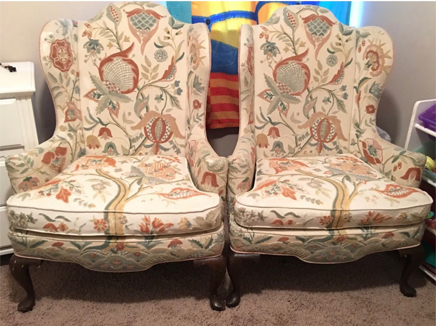Photo 2- Antique WOODMARK QUEEN ANNE WINGBACK ARMCHAIRS Original Crewel Upholstery.