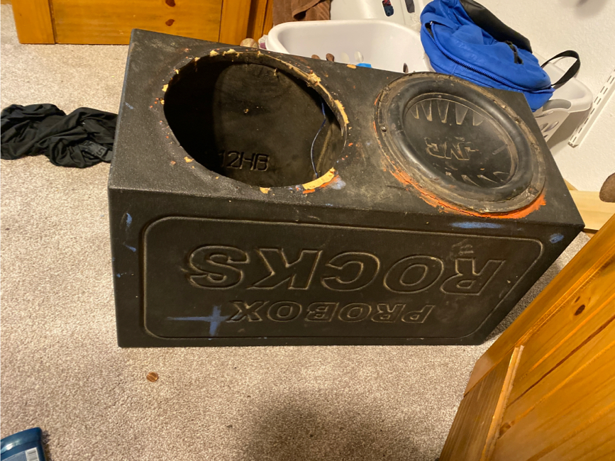 Photo 2 12 inch subs with box 400obo