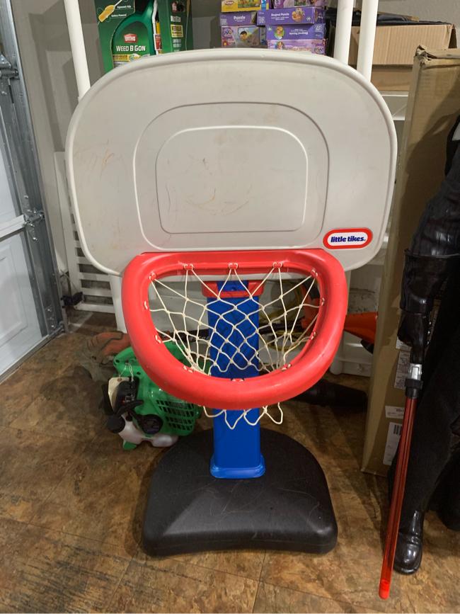 Photo Little tikes basketball goal