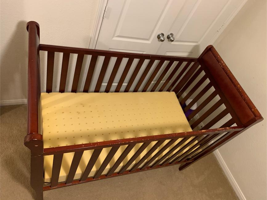 Photo Graco 4 in 1 convertible crib baby