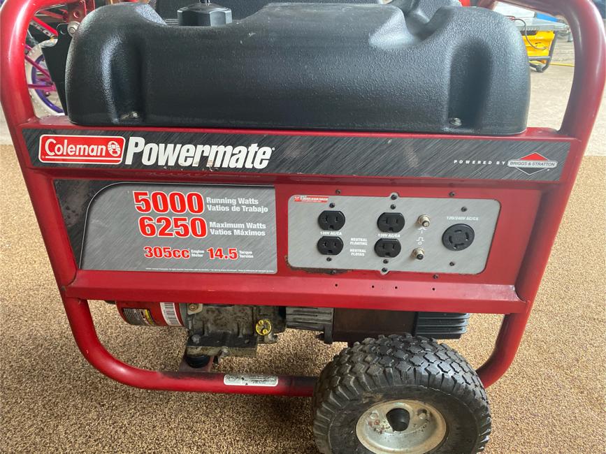 Photo Coleman Powermate 6250 Watt generator