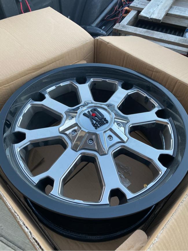 Photo 4!! Ford F-150 XD wheels. 6 lug!!