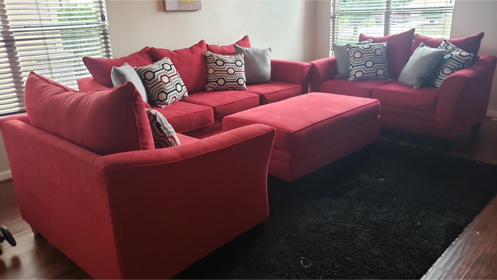 Photo 4-piece living room set