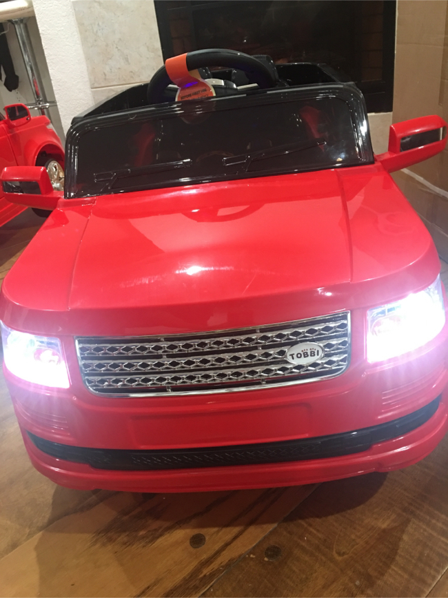 Photo BRAND NEW POWER WHEELS RANGE ROVER STYLE WITH REMOTE CONTROL