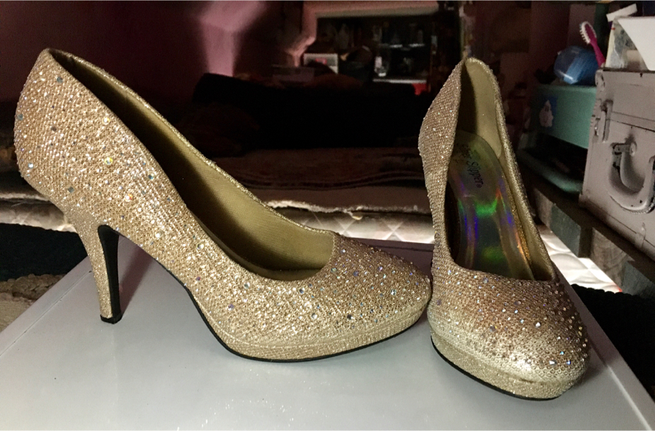 Photo 7M Silver Slipper Gold Sparkling Heels