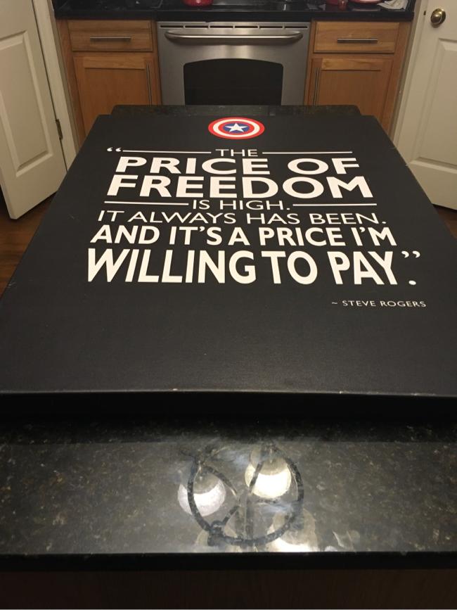 Photo Captain America pledge PRICE OF FREEDOM large canvas print