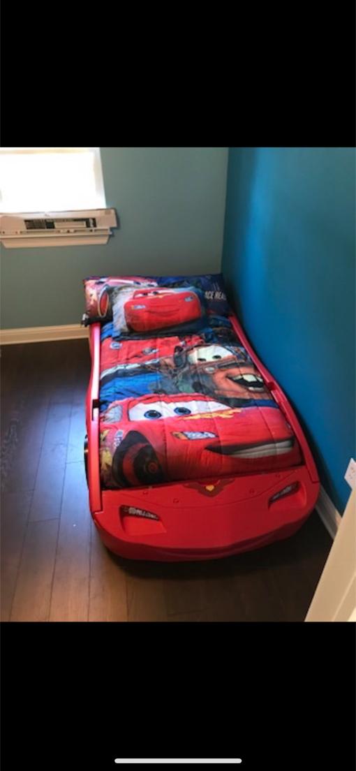 Photo Lighting McQueen Bed