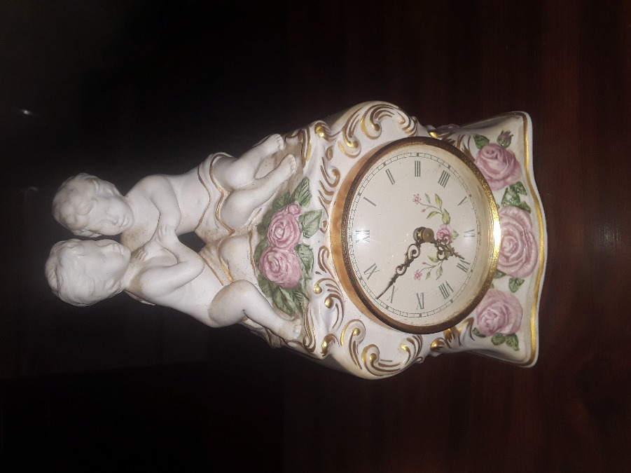 Photo FRANKLIN MINT COMPANY MANTLE CLOCK THE FIRST EMBRACE RARE