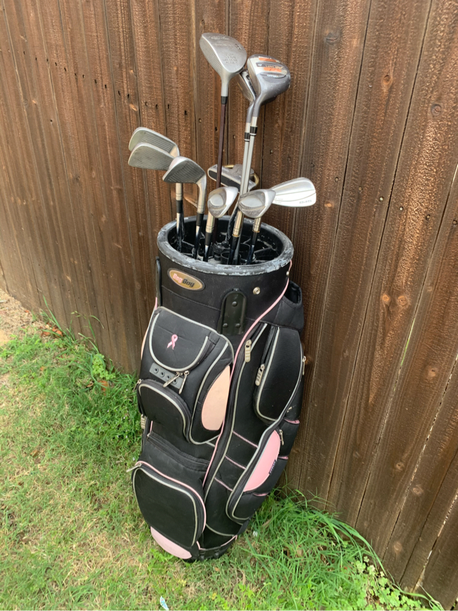 Photo Golf Club Set (LH) Tommy Armour 845 (V-31) Irons 4-PW, Leyland Woods and Putter - Concord Wood Golf Clubs - Bag Boy Revolver Golf Bag - Left Handed Lefty - Cancer Awareness BagBoy bag