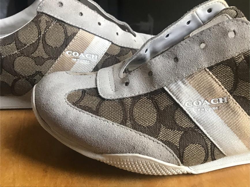 Photo Coach tennis shoes