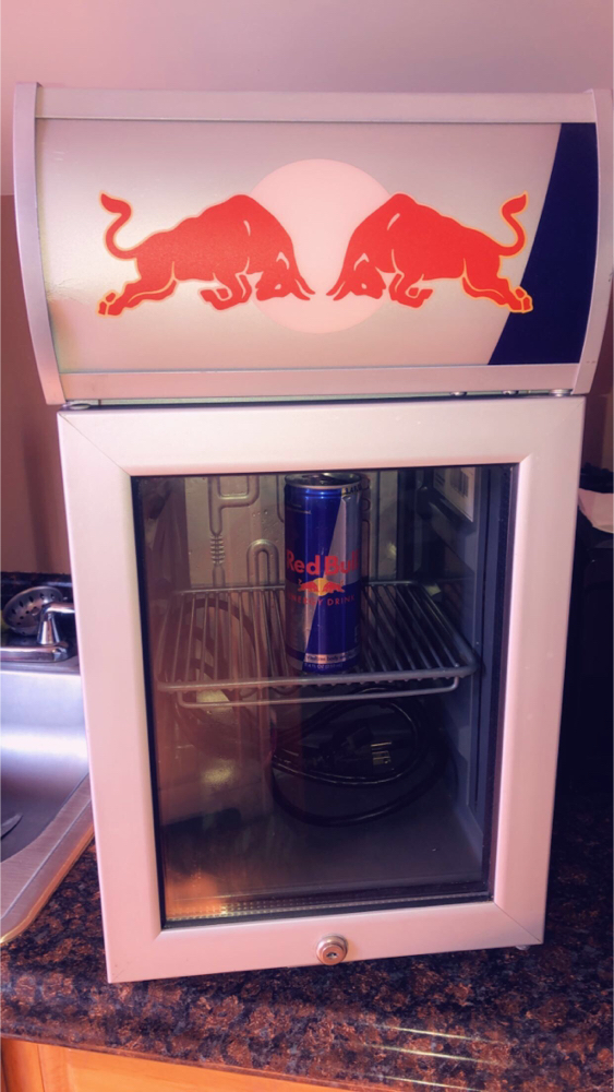 Photo Red Bull mini refrigerator