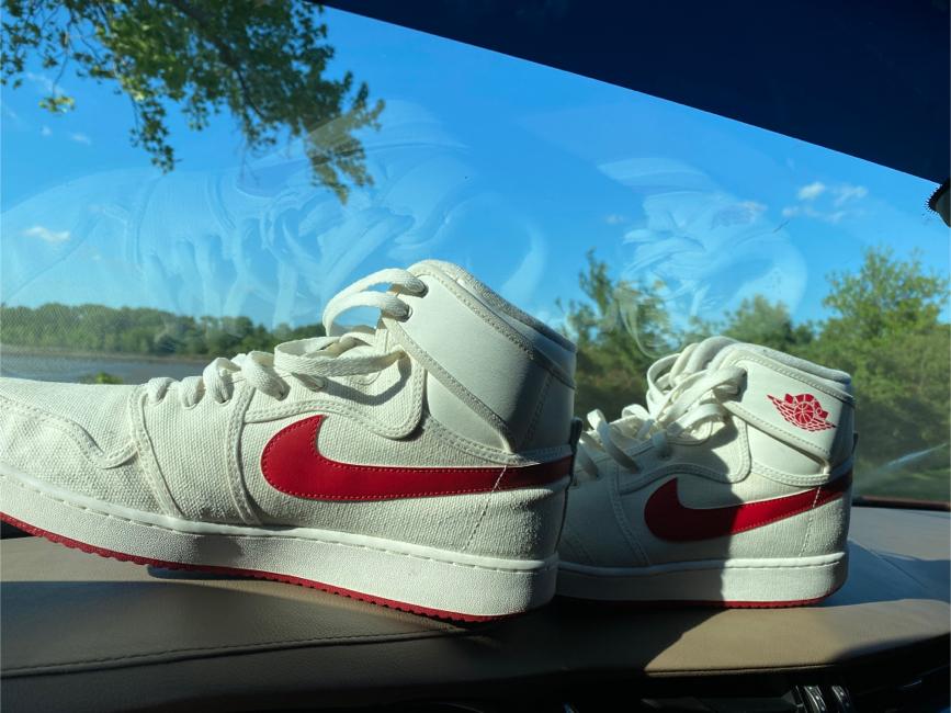 Photo Retro Jordan's 1 size 13