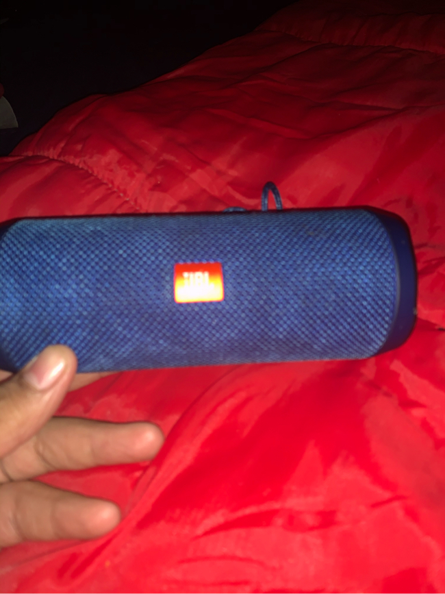 Photo Used JBL Bluetooth Speaker Flip 4